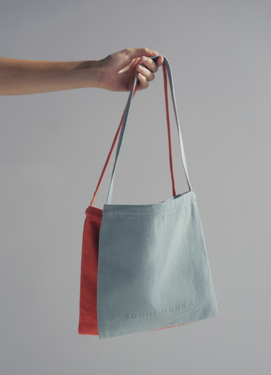 Canvas square handbag