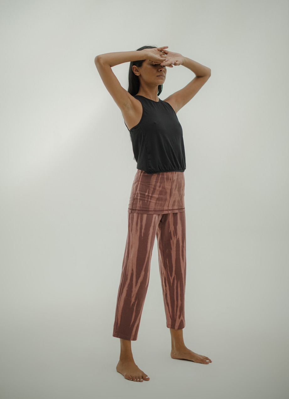 [LIMITED] Natural dye warm-up crop pants