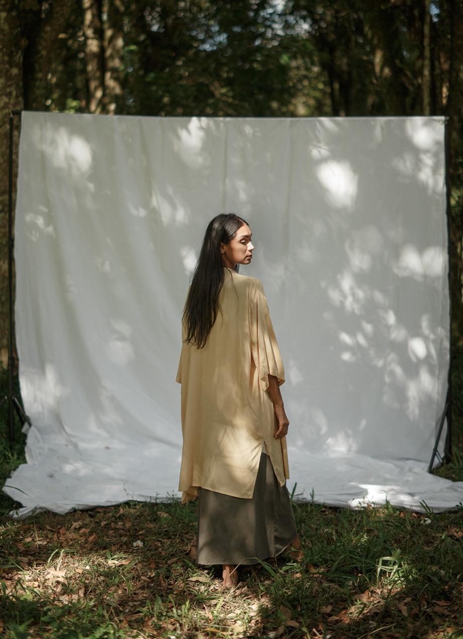 Natural plant-dye long robe