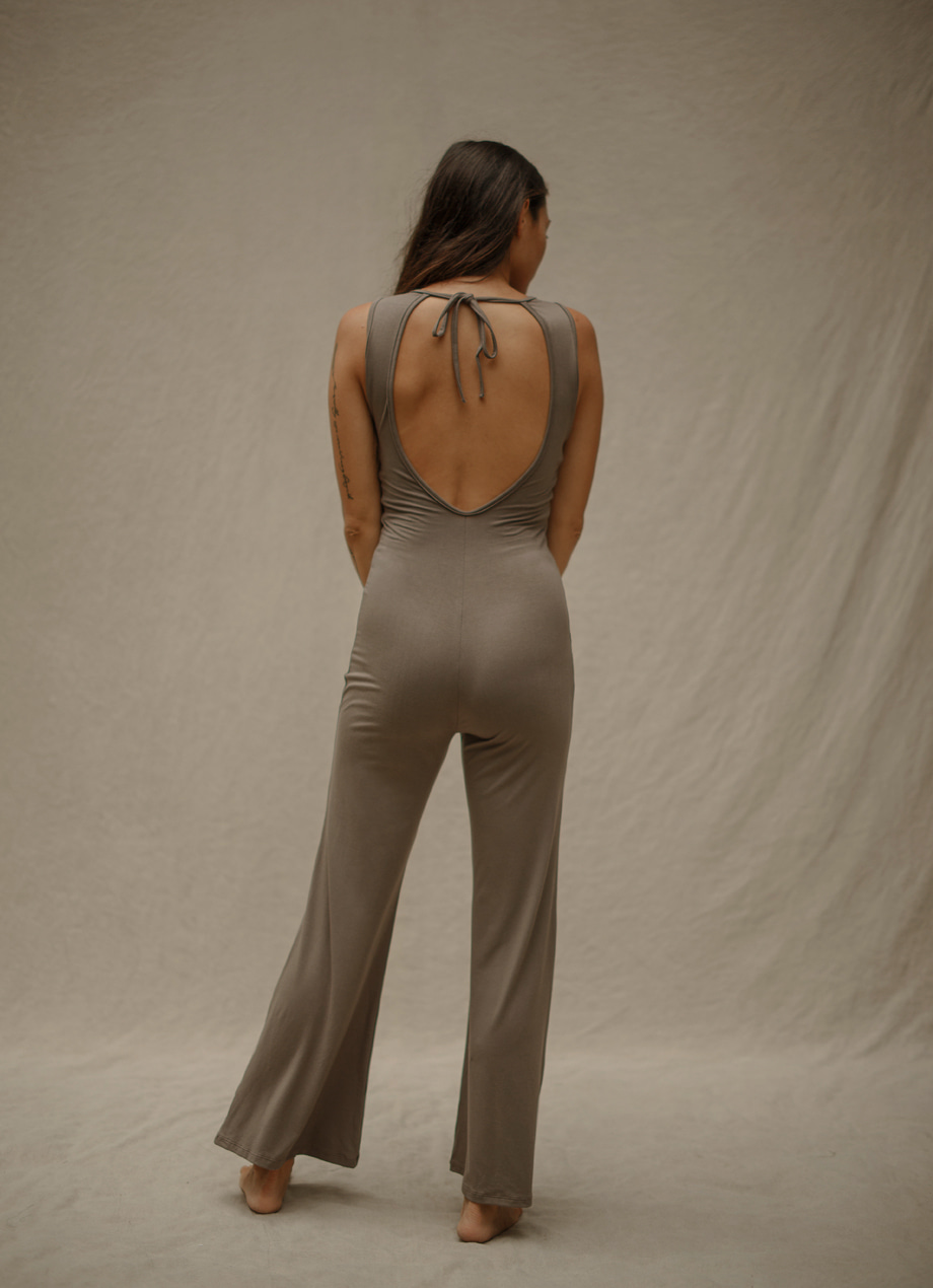Pine square jumpsuit ( Warm gray 4월 RESTOCK )